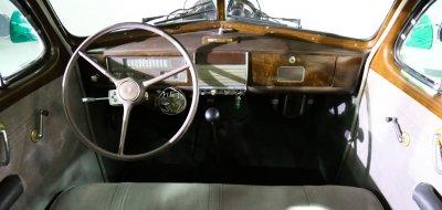 Chevrolet Deluxe 1937 cockpit