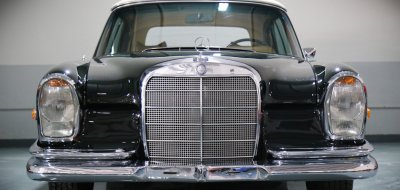 Mercedes Benz 280SE 1969 front view