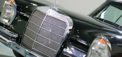 Mercedes Benz 280SE 1969 front closeup