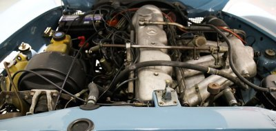 Mercedes Benz SL230 1965 engine