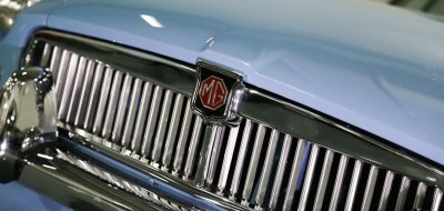MG B 1963 front closeup view