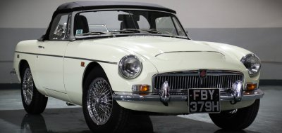MG C 1969 front right view