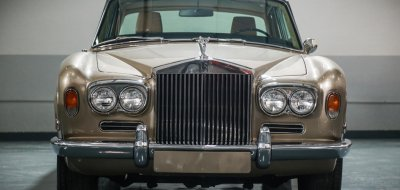 Rolls Royce Corniche 1973 front view