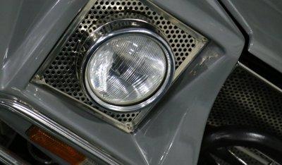 Headlight of Lamborghini LM002 1988