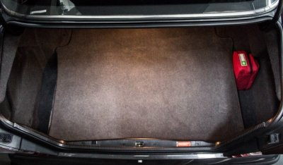 Trunk of the Mercedes Benz 3,4 AMG CE300 1991